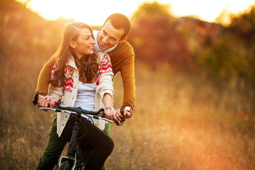 common relationship myths There are hundreds of myths about relationships, according to terri orbuch, phd, a michigan clinical psychologist and author of 5 simple steps to take your marriage.