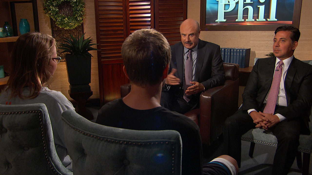 'We're Going To Get Help For Your Mom And For Your Family,' Dr. Phil Tells Young Siblings